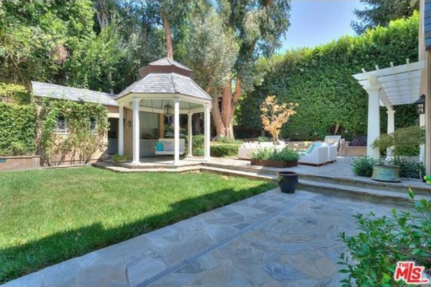 Adele-house-in-beverly-hills-ca
