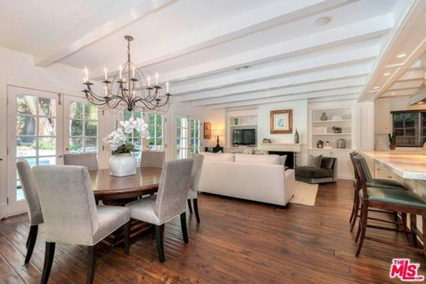 Adele-house-in-beverly-hills-ca-dining-room-2