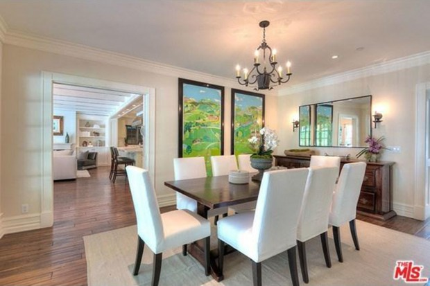 Adele-house-in-beverly-hills-ca-dining-room