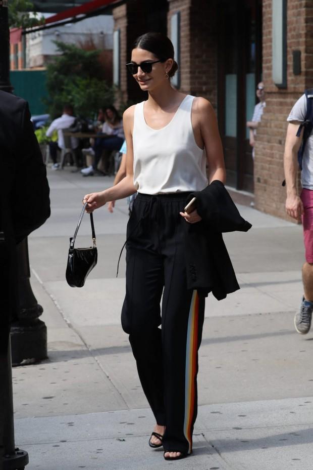 Celebrity-Trend-Track-Pants-Lily-Aldridge-SPL-1024x1534