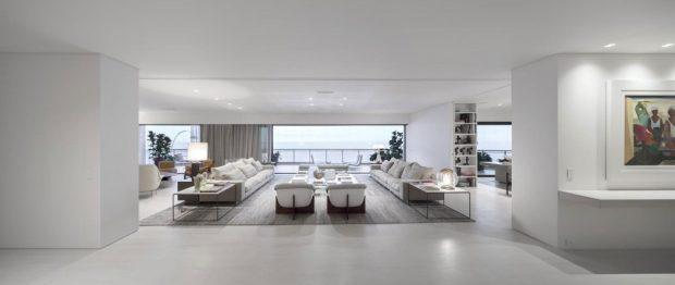 003-barra-residence-studio-arthur-casas-1050x444