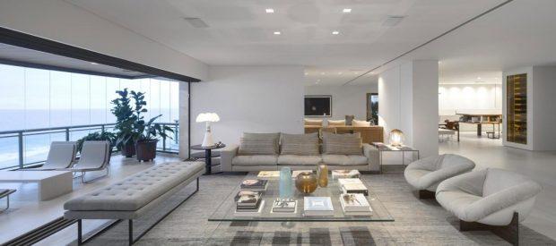 005-barra-residence-studio-arthur-casas-1050x465