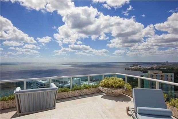 Pharrell-home-for-sale-in-miami-fl-balcony-4