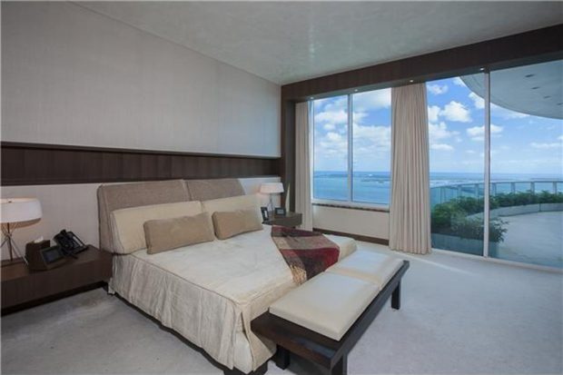 Pharrell-home-for-sale-in-miami-fl-bedroom