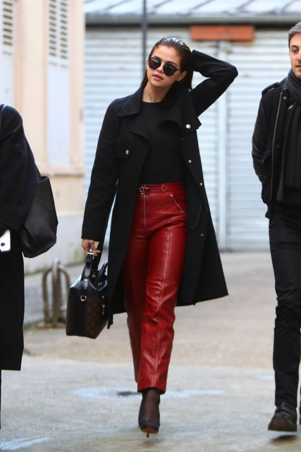 selena-gomez-street-fashion-leaving-a-photo-studio-in-paris-march-2016-10