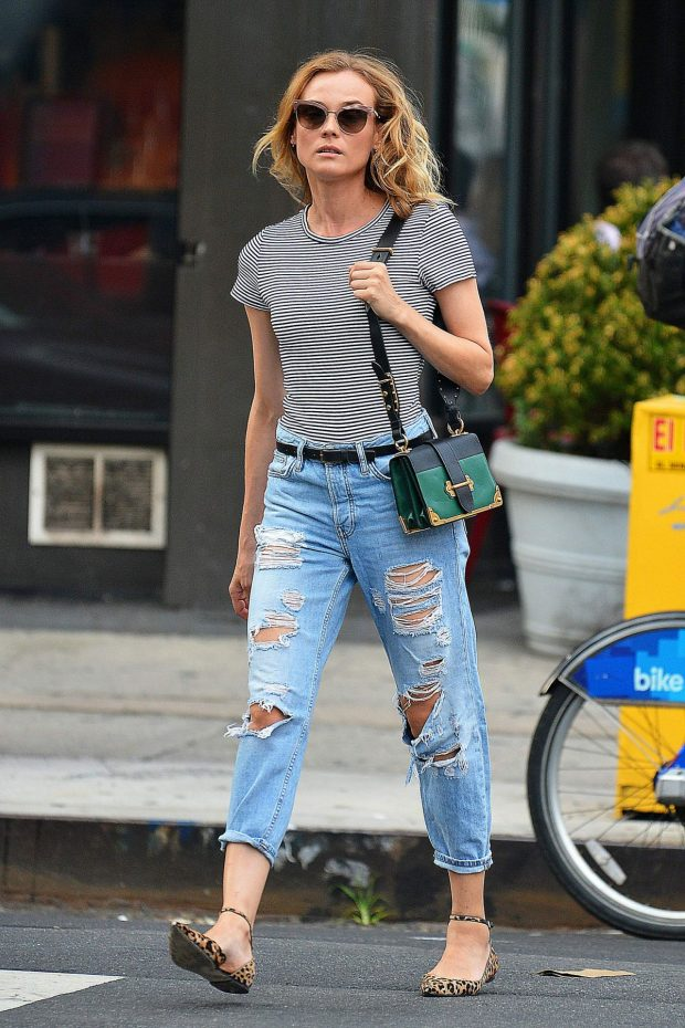 diane-kruger-in-ripped-jeans-out-in-new-york-08-05-2016_3