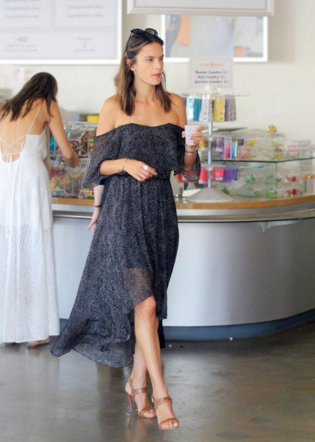 Alessandra Ambrósio Looks