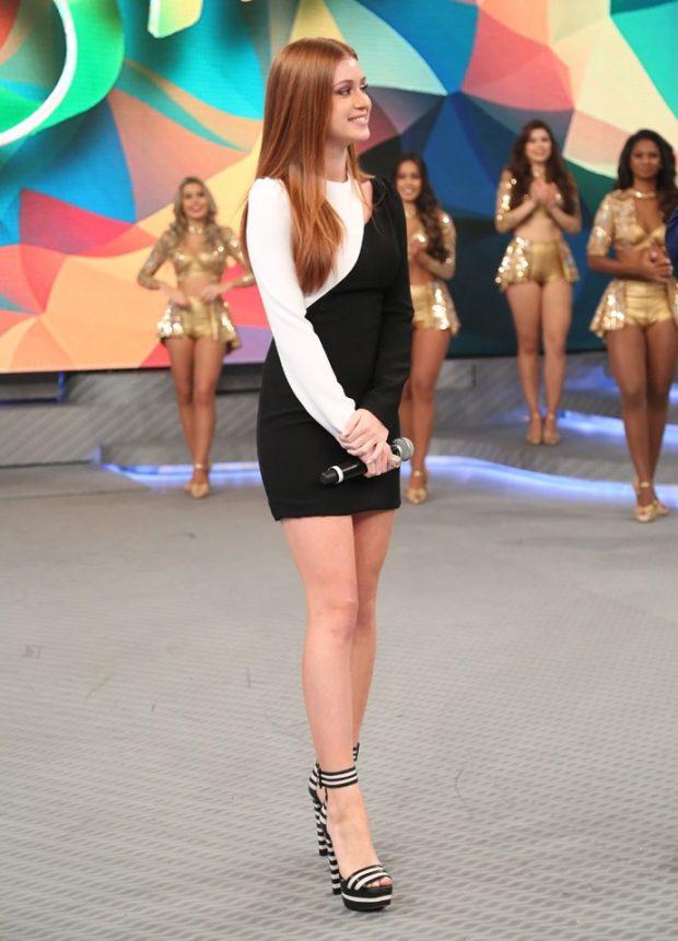 Marina Ruy Barbosa vestido preto e branco