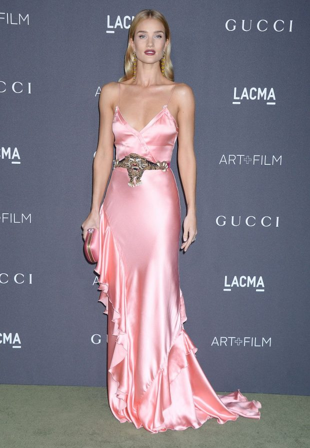rosie-huntington-whiteley-lacma-art-and-film-gala-in-los-angeles-4