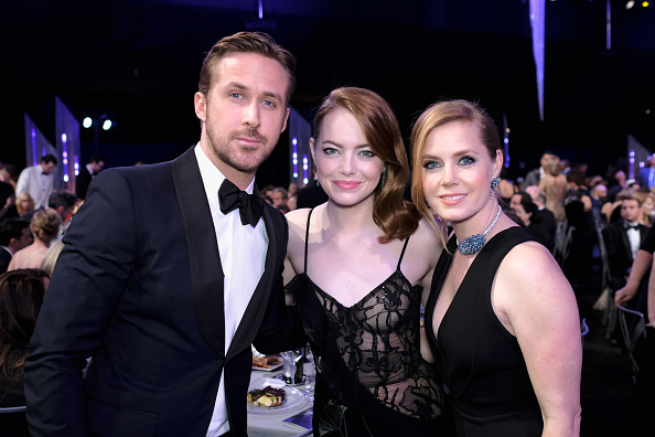 LOS ANGELES, CA – JANUARY 29: (L-R) Actors Ryan Gosling, Emma Stone and Amy Adams pose during The 23rd Annual Screen Actors Guild Awards at The Shrine Auditorium on January 29, 2017 in Los Angeles, California. 26592_009  (Photo by Dimitrios Kambouris/Getty Images for TNT)