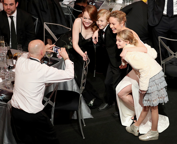 LOS ANGELES, CA – JANUARY 29: (L-R) Actors Emma Stone, Charlie Shotwell, Brie Larson and Shree Crooks during The 23rd Annual Screen Actors Guild Awards at The Shrine Auditorium on January 29, 2017 in Los Angeles, California. 26592_021  (Photo by Richard Heathcote/Getty Images for TNT)