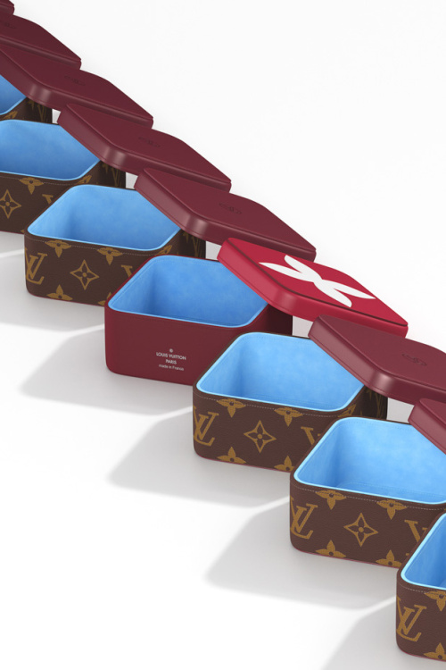 louis-vuitton-the-art-of-gifting-collection-featuring-yo-yos-pencils-stamps-4