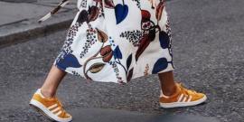 15 Looks Incríveis com vestido e tênis