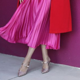 15 looks incríveis com saia plissada