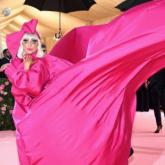 Podcasts Fashionismo Para Ouvir: Baile do Met e Publicidade no mundo dos blogs